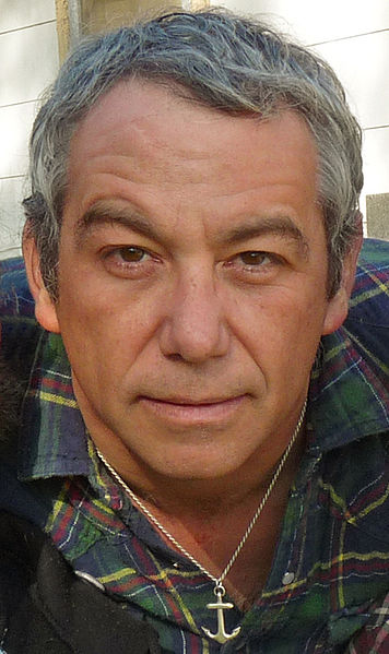 356px-Mike_watt_march_16_2009