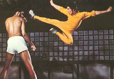Bruce-Lee-Flying-Kick-2